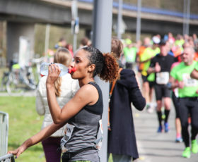 runner drinking drink water